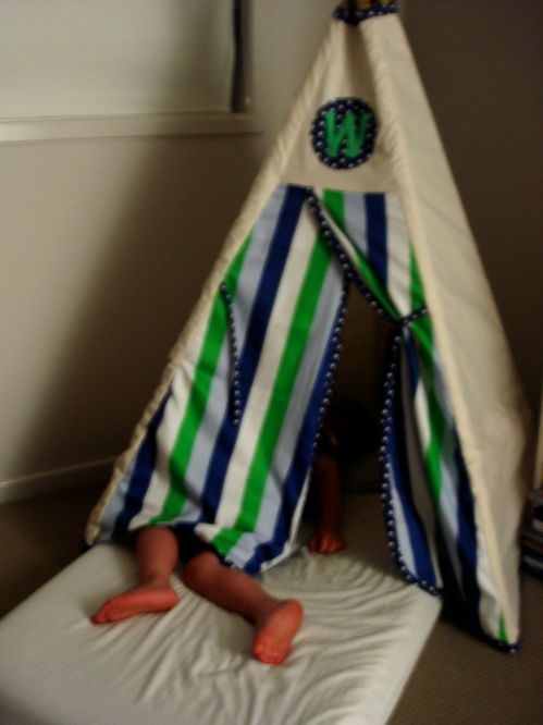 Small Teepee-bed